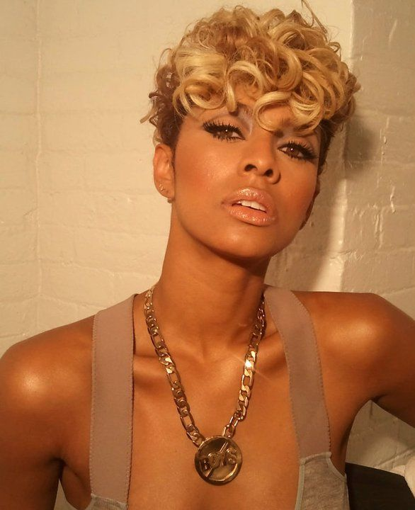 Amri Hearts T!!!!!!!: Kerry Hilson Makeup