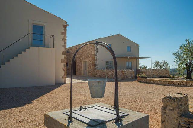 Modifica Foto per l'annuncio 'I Carusi Relais appartamento Fienile' - Airbnb