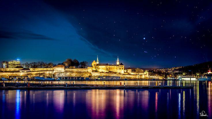 Oslo Fortress by Night by Kasper M. de Thurah on 500px #oslo #city #water #night #norway