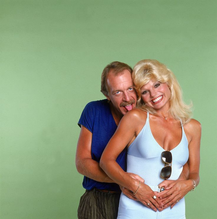 WKRP in Cincinnati Reunion | This is an 8x10 photo of Loni Anderson. All photos are professional ...