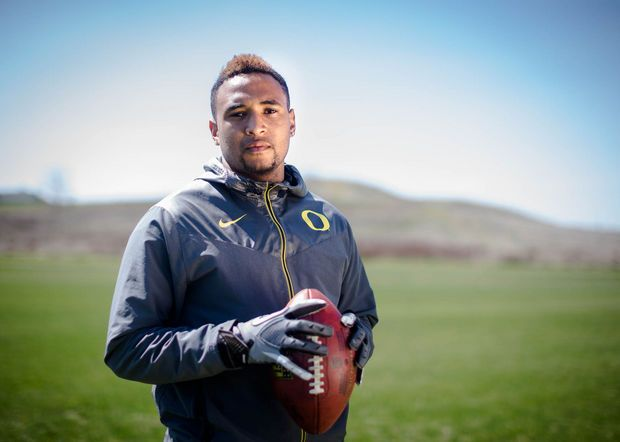 Vernon Adams trains in Cheney, Washington, as he finishes up classes and before transferring to Oregon.