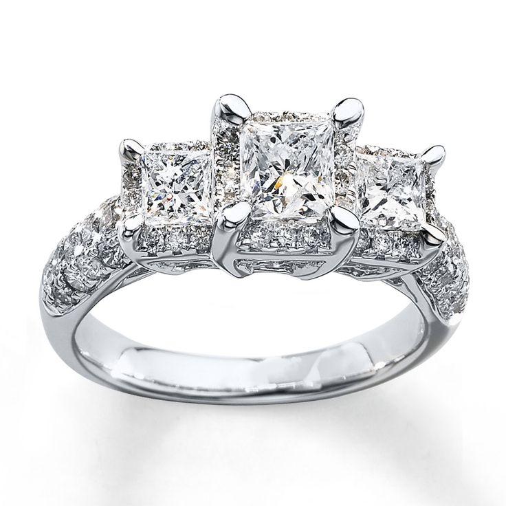 Kt White Gold Triple Band Princess Ring