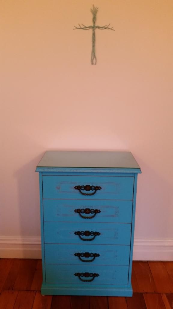 Our loved up dressing table...........