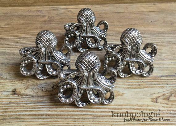 SET OF 4 - Large Antique Pewter Metal Octopus with Tentacles Knob - Nautilus Squid Beach Nautical Drawer Pull - Ocean Animal Bathroom