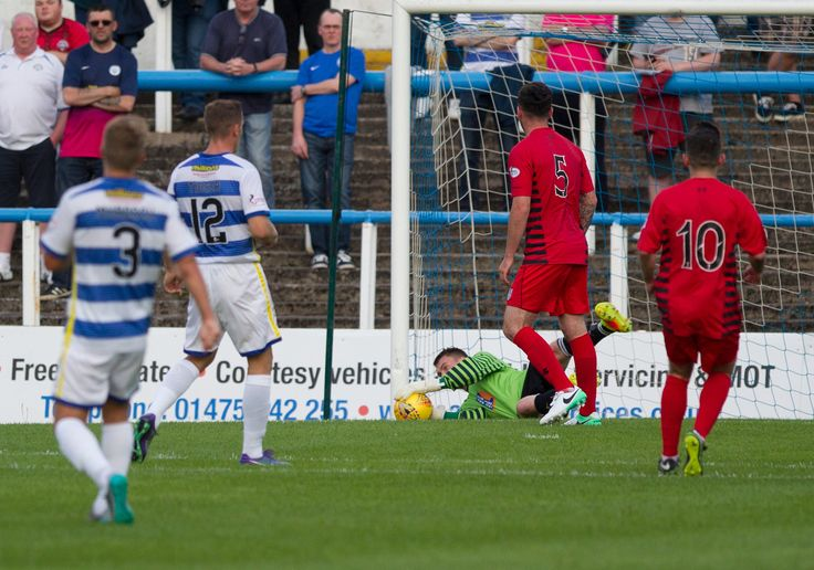Queen's Park's Wullie Muir in action during the Betfred Cup game between Morton and Queen's Park.