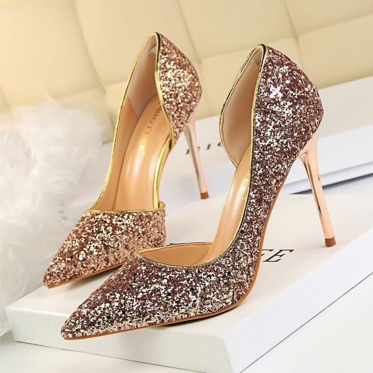 Luxury Women Pumps Bling Glitter High Heels Shoes Sexy Wedding Party Gold Bridal #LuxuryWomenChina #Classics #Party
