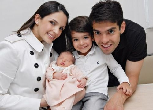 Kaka with with his wife Carolince Celico and his kids,Luca and Isabella
