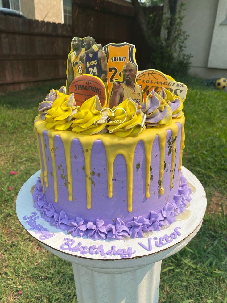 Lakers/Kobe cake in 2020 Cake, Desserts, Birthday cake