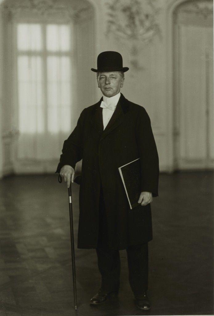 August Sander, The Pianist (Max van der Sandt), 1925, Gelatin Silver print, Ed. 10/12 of 1990, 18 x 24 cm