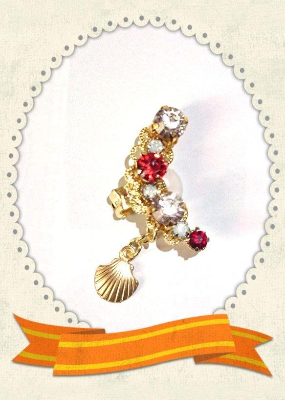 人魚姫アリエルイメージをお花を使わないで宝石で描いてみました(^_^)Vスワロフスキーシャム、スワロフスキークリスタル、ホワイトオパール、シャムビジュー、雫は... ハンドメイド、手作り、手仕事品の通販・販売・購入ならCreema。