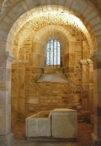La crypte de l'abbaye de Flavigny-sur-Ozerain, Venarey-les-Laumes, Montbard, Côte-d'Or, Bourgogne-Franche-Comté, France