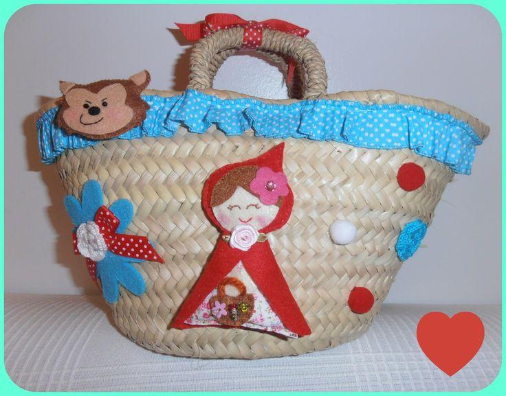 Mais uma cestinha desta vez sob o tema Capuchinho Vermelho e o Lobo Mau!   Decorada com bonecos em feltro, fita de folhinhos, botões, e cr...