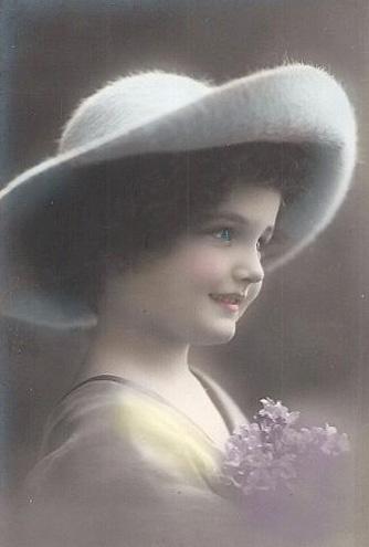 ChloeLittle Girls, Vintage Photos, Vintage Tinted, Vintage Photographers, Vintage Children, Tinted Vintage, Vintage Pictures, Vintage Girls, Vintagee Children