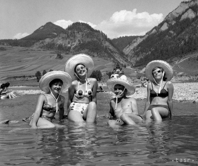 Vďaka projektu digitalizácie archívu TASR pravidelne prinášame unikátne dobové fotografie, tentokrát z letných dovoleniek v ČSSR.