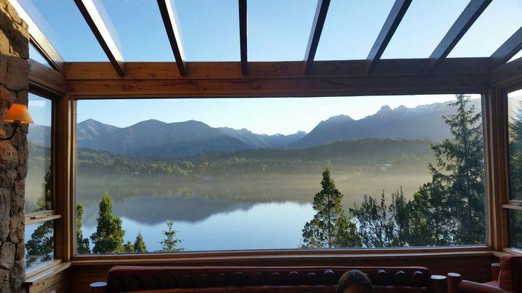 Peninsula Petit Hotel, San Carlos de Bariloche: Mirá  514 opiniones y  954 fotos de viajeros sobre el Peninsula Petit Hotel, puntuado en el puesto nº.1 de 136 hoteles en San Carlos de Bariloche