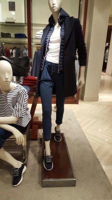 Massimo Dutti look cappotto + piuma