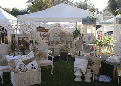 outdoor shopping: Vintage Marketing, Vendor Highlights, Shabby Chic, Booths Ideas, Vintage Pieces, Fleas Marketing, Display Ideas, Chateau De, Flower