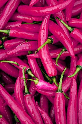 <3 magenta peppers...wonder if they taste as good as they look? Talking about 'fire power', lol. I can't handle anything too spicy (food-wise, LOL)