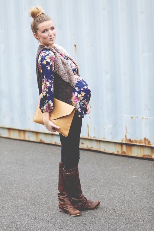 Remember when I wore this top and vest?  Non Preggo the look wasn't fright but maternity style is a win!
