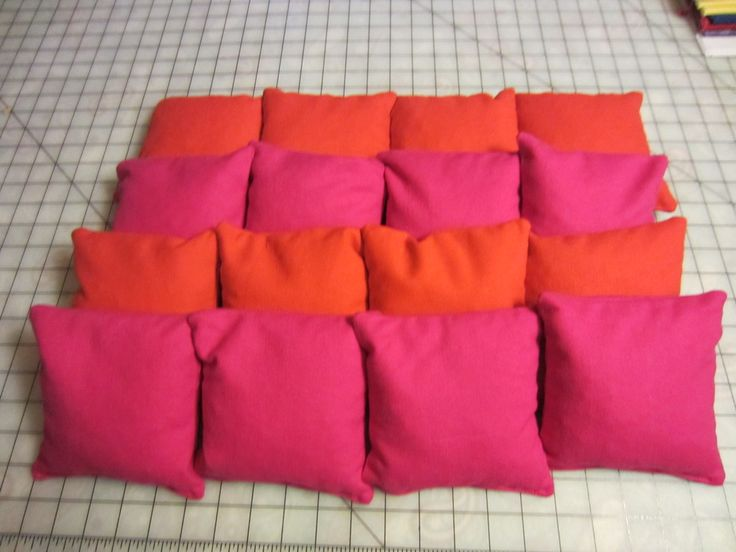 How to make custom cornhole bags teri saunders i 39 m gonna for Where can you get fabric