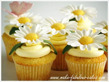Pretty daisy cupcakes with instructions