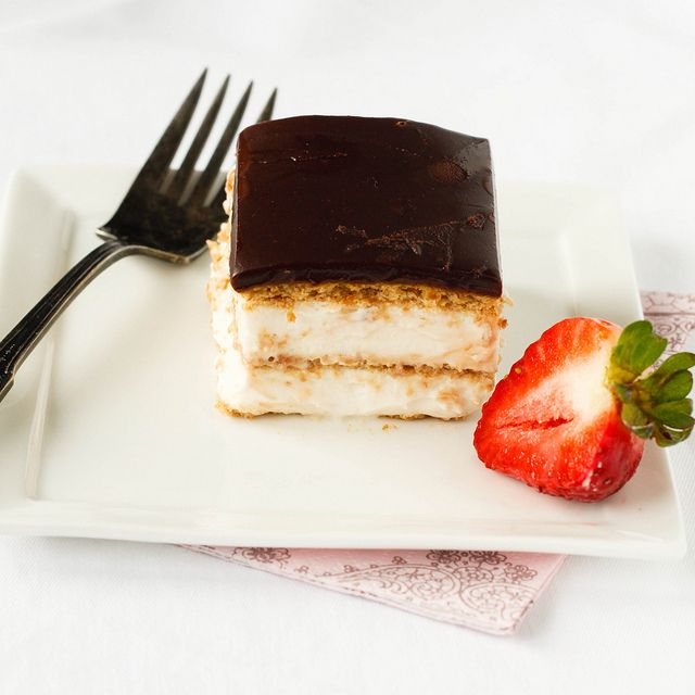 Chocolate eclair cake, Chocolate eclairs and Eclair on Pinterest