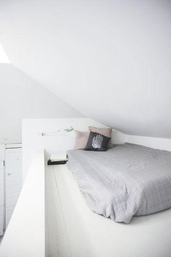 Loft bed - simple