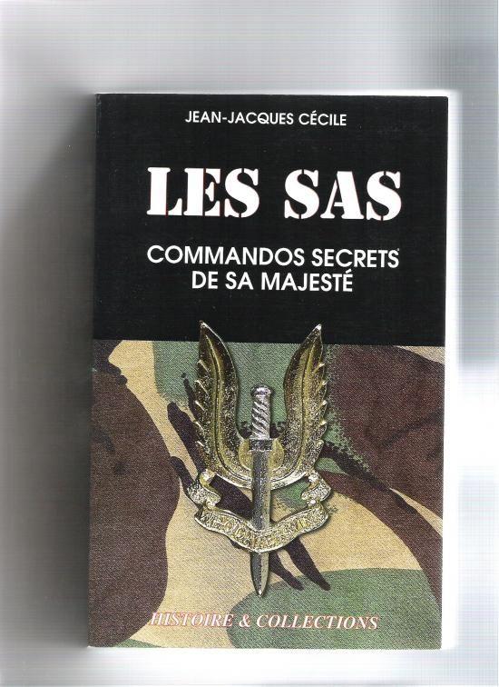 """L'auteur, ancien militaire et agent des renseignements français, met ici en pleine lumière une unité qui a l'habitude d'oeuvrer dans l'ombre, le Spécial Air Service. Nés en 1941 dans le désert d'Afrique du Nord sous l'impulsion de l'officier anglais David Stirling, les SAS ont fait leurs armes contre l'Afrikakorps, en Italie, puis en Normandie. La notion de """"coup de main"""" prend tout son sens dans ce récit. Immergez vous dans les aventures de ces hommes secrets qui ont fait entrer ces 3…"""
