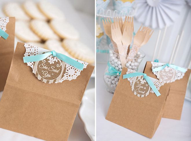 Preciosas bolsas con detalles para una despedida o una boda / Lovely favour bags for a bridal shower or a wedding