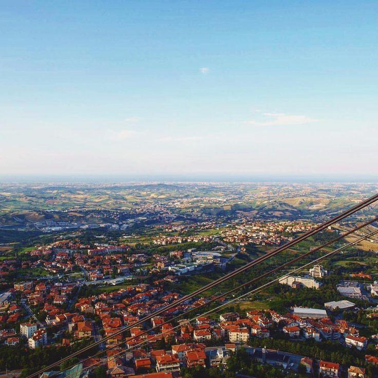 """Mi piace"": 14, commenti: 1 - Ioana Fmlyhm (@ioanafmlyhm) su Instagram: ""View from San Marino Belvedere - breathtaking #memories . . . . . . . . . . . . #tb…"""