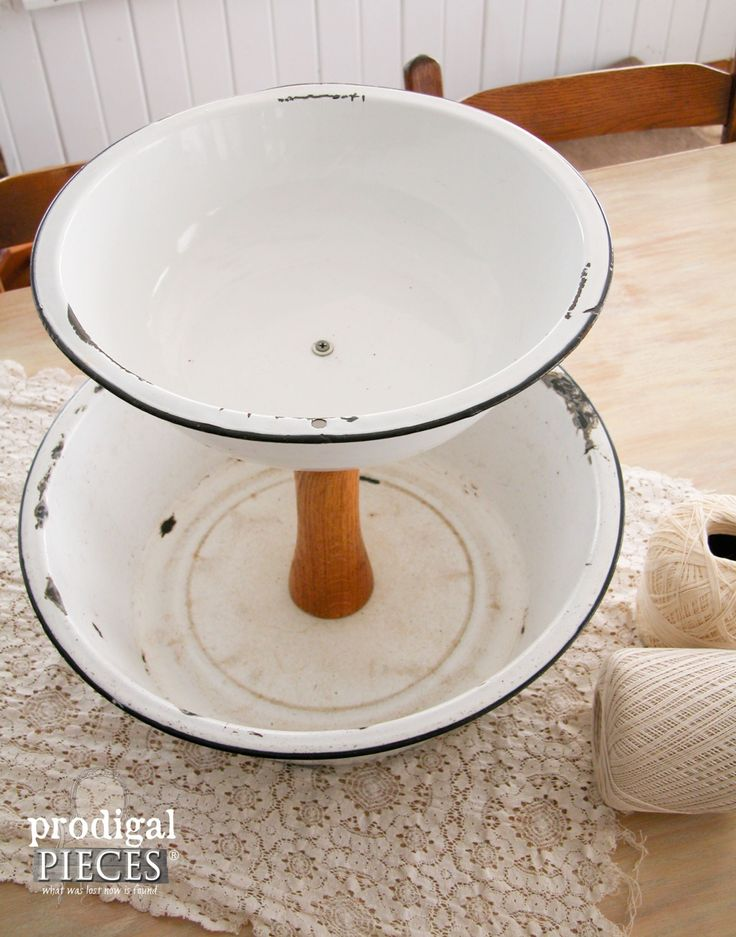 Black and White Enamelware Stand | Prodigal Pieces | www.prodigalpieces.com