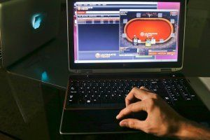 Online gambling legal or illegal questions for an interview