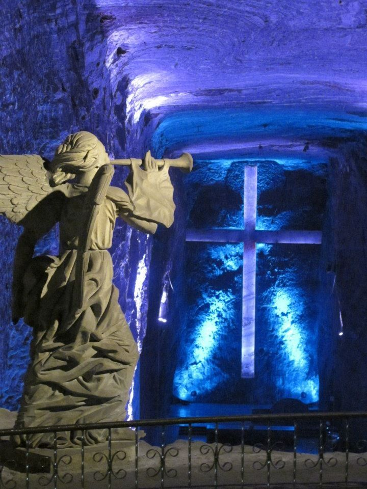 Catedral de sal, Zipaquira, Maravilla de Colombia...near Bogota.  It is a beautiful cathedral built in an underground salt mine.