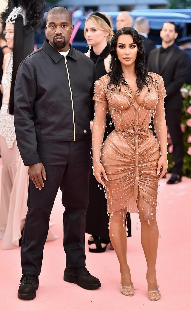 Kanye West Wears 40 Jacket On Met Gala Red Carpet As Wife Kim Kardashian Slays In Custom Couture Polytrendy Met Gala Looks Kim Kardashian Met Gala