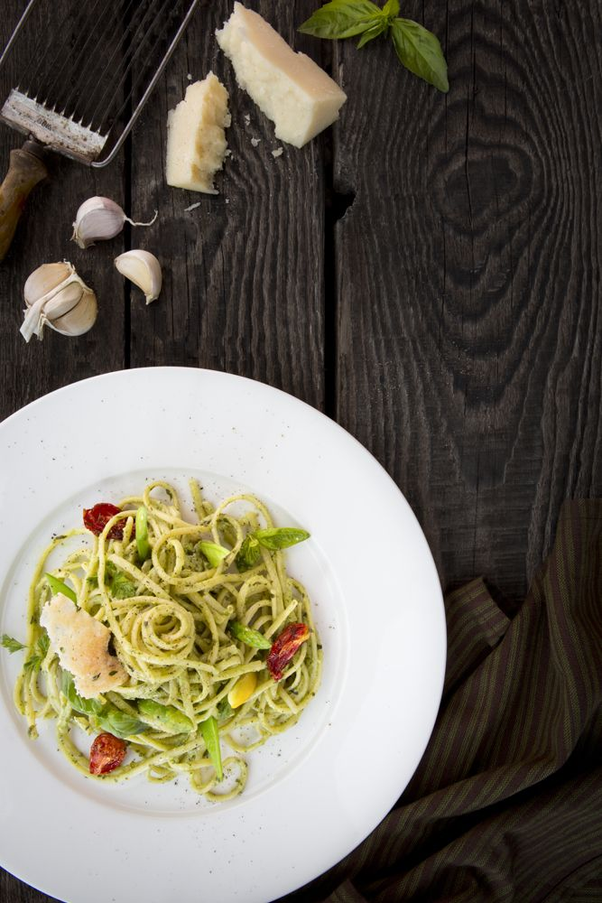 Linguine creamy pesto sauce pasta we shot for Provedore restaurant in Dubai. Food photography and food styling by weshootfood.net #foodphotogrpahy #foodstyling #food #photography #dubai