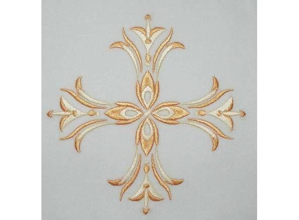 Bordado conjunto de altar decorado con Cruz dorada / Communion pall of altar linen set with golden Cross embroidery (1/3). http://www.articulosreligiososbrabander.es/manutergio-corporal-palia-purificador-cruz-dorada-bordada.html