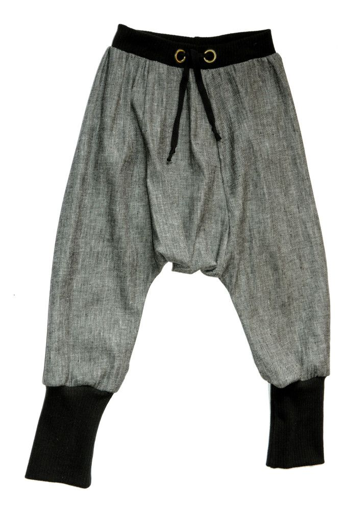 Harem pants, also known as MC Hammer pants, are making their way back into fashion. These comfy bottoms can be whipped up in an afternoon and are a great way to put scrap fabric to use. Learn how.