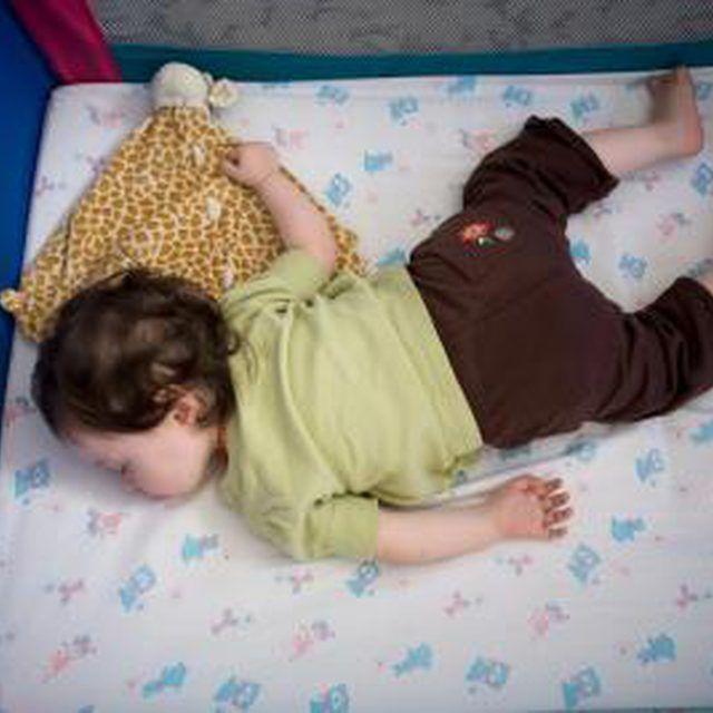 23 Best Babywearing Images On Pinterest Baby Slings