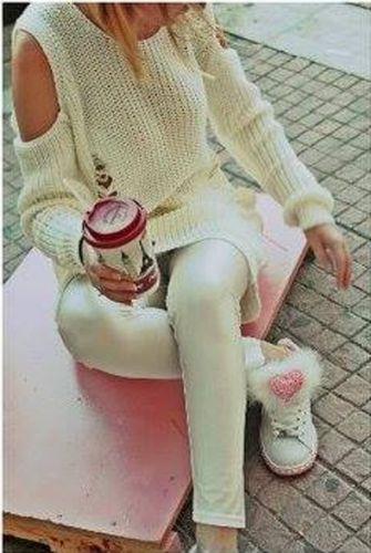 Πουλόβερ με ανοιχτούς τους ώμους  http://handmadecollectionqueens.com/πουλοβερ-με-ανοιχτους-ωμους  #fashion #women #clothing #sweater #storiesforqueens
