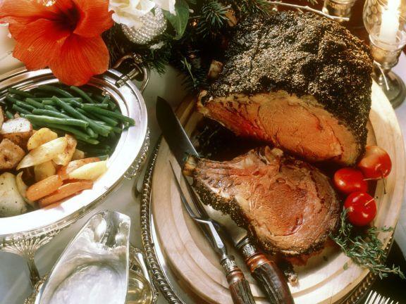 Weihnachtlicher Rinderbraten mit Beilagen ist ein Rezept mit frischen Zutaten aus der Kategorie Rind. Probieren Sie dieses und weitere Rezepte von EAT SMARTER!