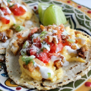 Let there be breakfast tacos!!Breakfast Brunches, Mr. Tacos, Tacos Con, Food, Con Chicharron, Chicharron Breakfast, Drinks, Tacos Recipe, Breakfast Tacos