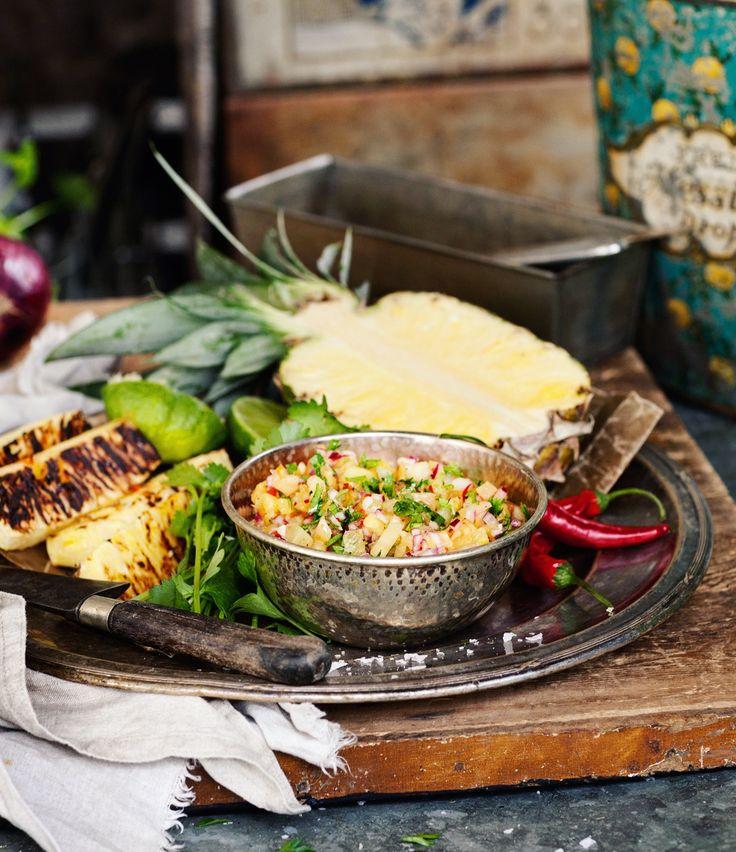 Grilled pineapple salsa for Vegourmet Magazine | @okottslig