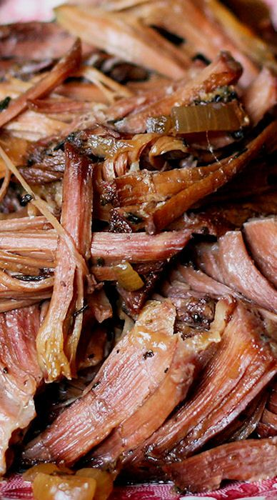 Slow-Cooked Italian Red Wine Roast Beef recipe by Barefeet In The Kitchen