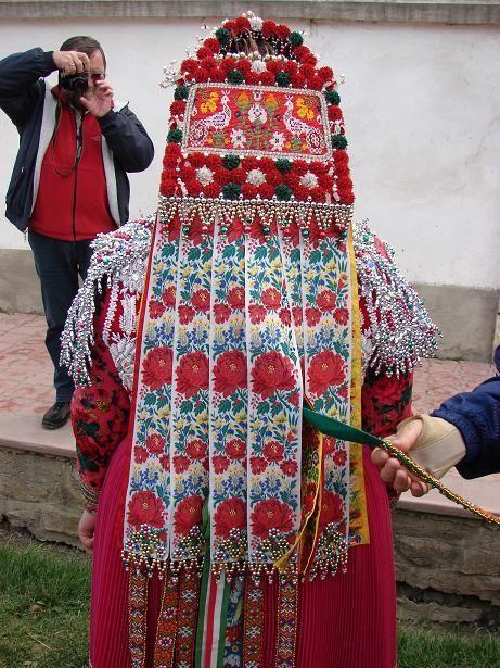 costume from Méra, Kalotaszeg area, Transylvania