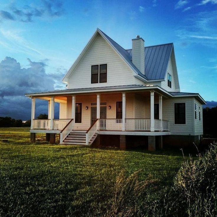 41+ Rustic Farmhouse Exterior Design Ideas