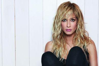 Anna Vissi, the absolute Greek star http://www.i-live.gr/anna-vissi-synenteyxi/# #woman