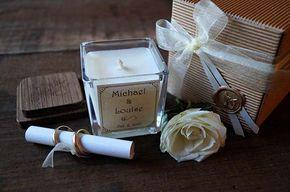 Bomboniera utile matrimonio candela personalizzata. Wedding favor personalize candle. Vai sul blog per vedere tante altre bomboniere utili e originali! #misposoamodomio