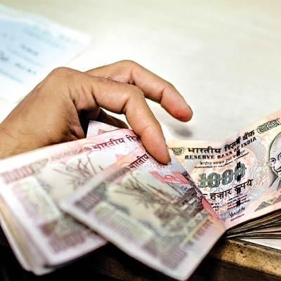 Indian businessmen willing to pay higher taxes if Income Tax removes ambiguity  http://economictimes.indiatimes.com/wealth/tax-savers/tax-news/indian-businessmen-willing-to-pay-higher-taxes-if-income-tax-removes-ambiguity/articleshow/48454648.cms