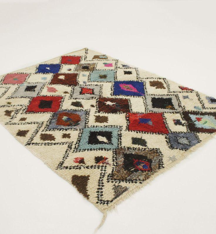 Morrocan rug -  Azilal C5  - Boucherouite rug -  (7.4 x 5.5 ft) by ElRamlaHamra on Etsy https://www.etsy.com/listing/512824963/morrocan-rug-azilal-c5-boucherouite-rug