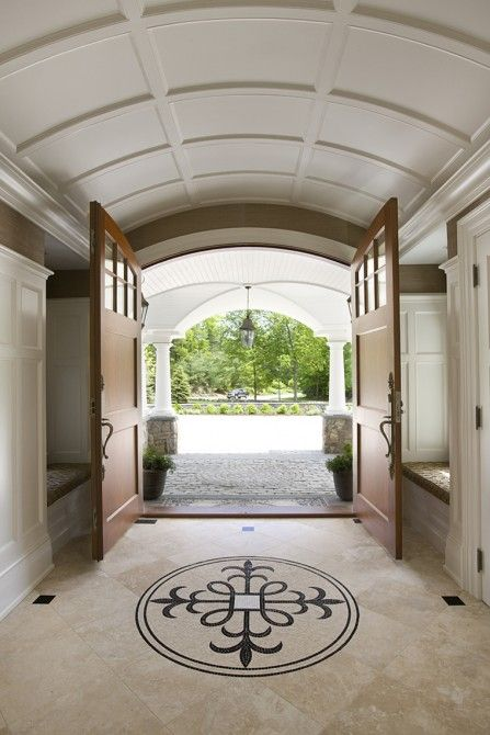 Wow...entry / foyer. Great barrel vault (Whitla Brothers Builders, Inc.)